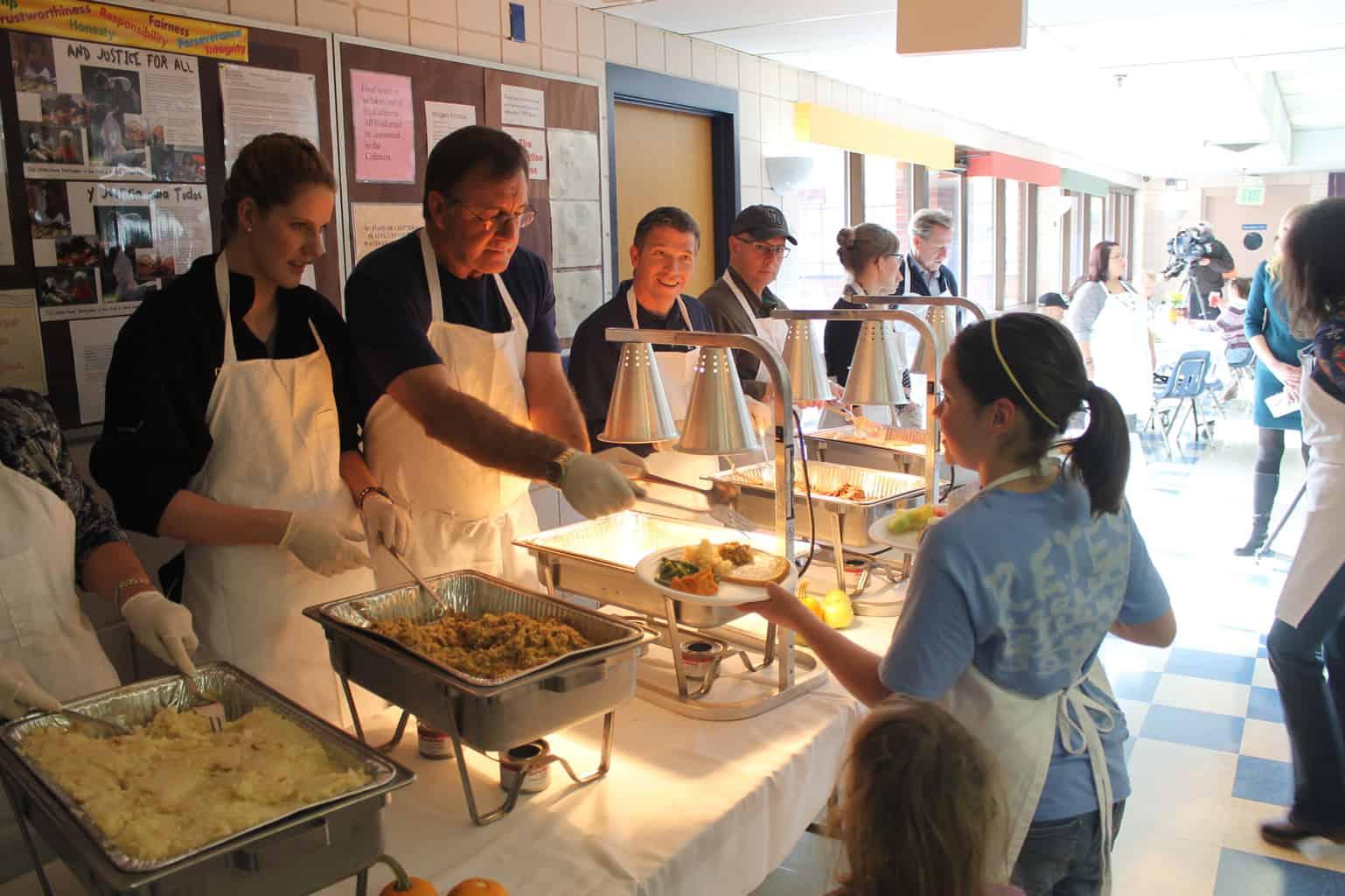 Samaritan House Volunteers To Serve Hundreds Of Homeless